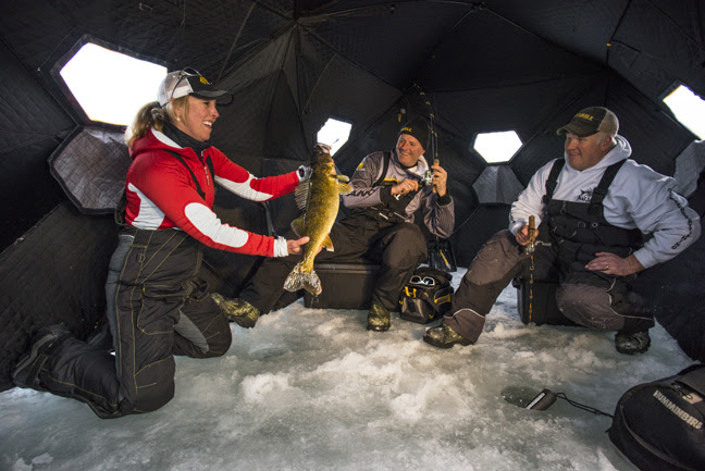 Frabill wartime ice fishing bunkers fishing sport show for Ice fishing setup